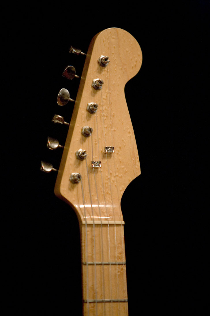mccue_warmoth_strat_03.jpg 29-Mar-2014 11:38 64K
